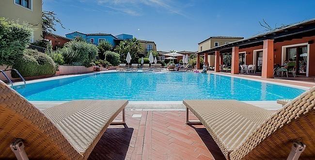 Idee Vacanze in Sardegna: soggiorni in residence per grandi ...