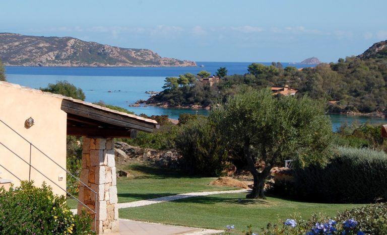 Seaside homes Sardinia Natour