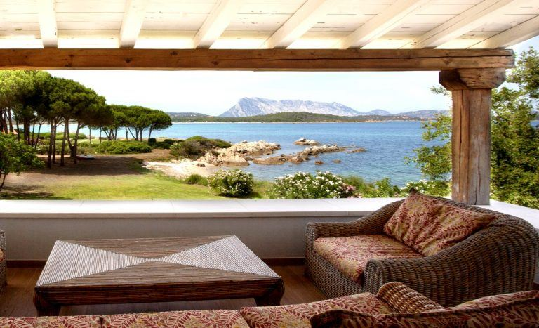 Seaside villas Sardinia Natour